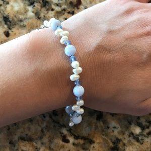 Blue & white beaded bracelet